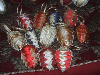 Xmas pine cones