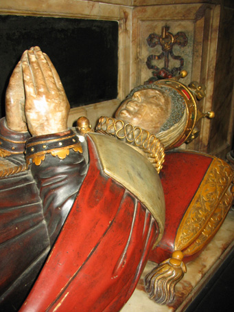 Bess at prayer