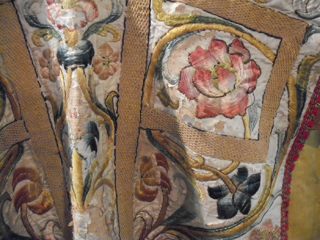 Silk shading on a priest's robe