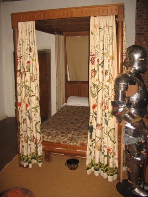 Crewel bed hangings