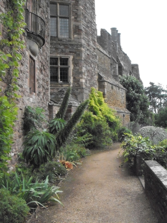 One of the paths leading to the castle