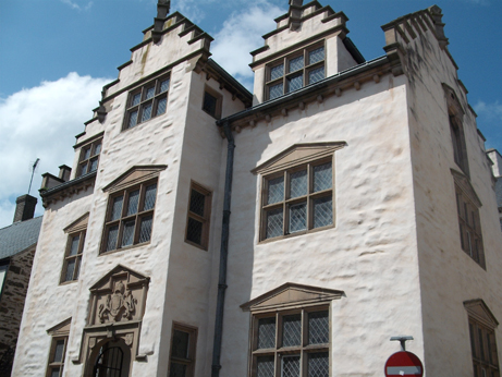Plas Mawr house in the middle of Conwy