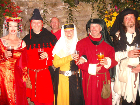 Red being the colour of choice for medieval evening wear!