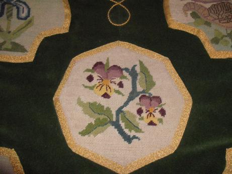 Another popular motif - pansies