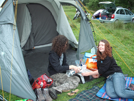 tatton - ellie and jake in tent