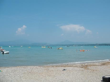 Garda 7 - lake beach