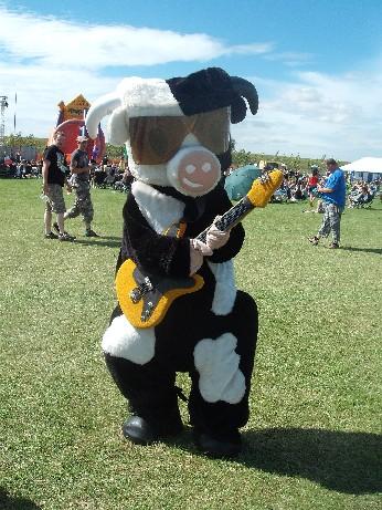 Tribfest Cow