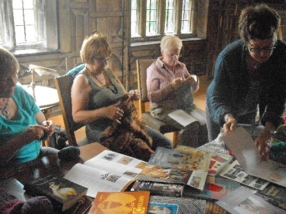 Oakwell - knitting group