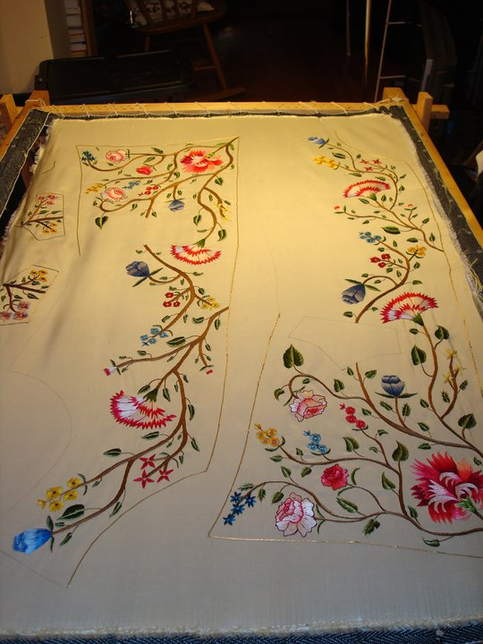 Bucket's embroidery