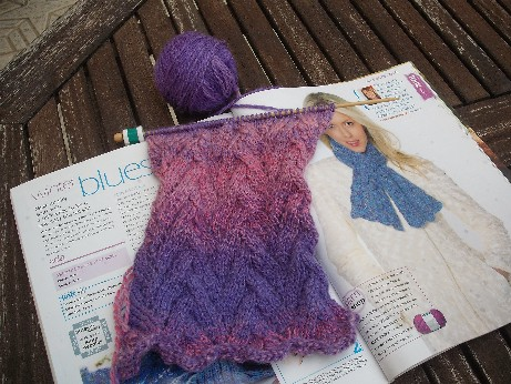 Complicated Knitting Patterns : 03 November 2010 Stitchesoftimes Weblog