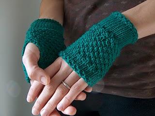 emerald_handwarmer2