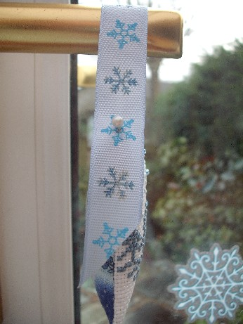 Snowflake ornie side