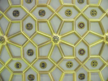 London - Hampton ceiling