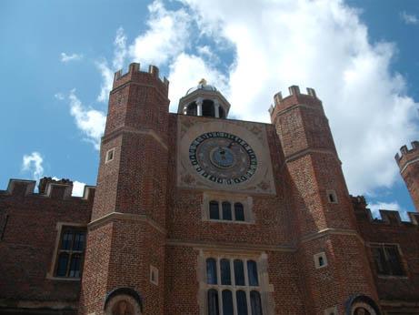 London - Hampton clock