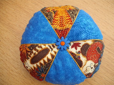 pincushion-cat fabric