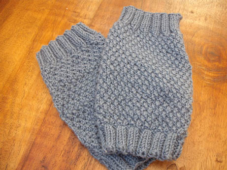 Blue Moss Stitch Wristwarmers