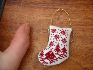 cross stitch mini xmas ornie