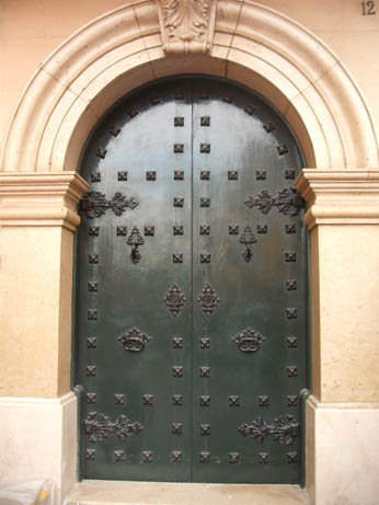 Spain Oct 2011 Elche door 1