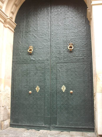 Spain Oct 2011 Elche door 4