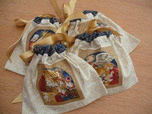 xmas ornies nativity bags