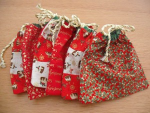 xmas ornies nine patch bag 2