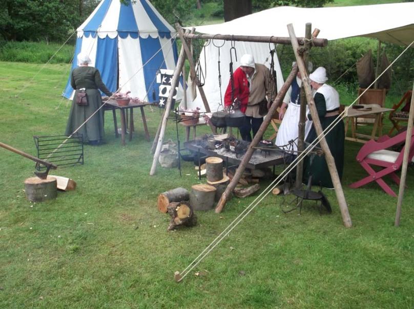 Tatton -authentic camp
