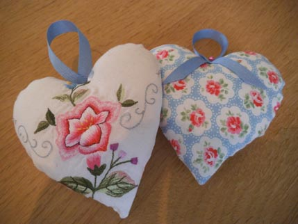 Upcycled hearts