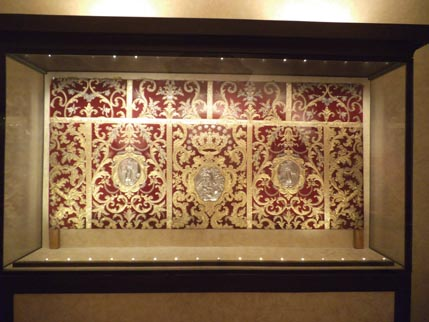 Goldwork at St Lorenzo