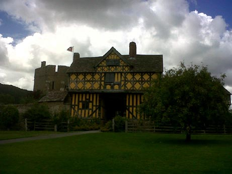 Stokesay Castle house