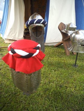 Helm mantle