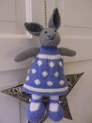 Lucy Bunny dress 2