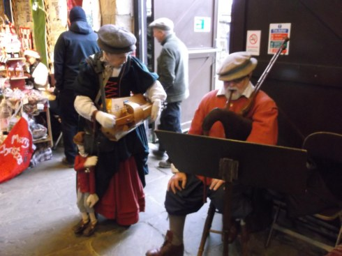 Xmas Oakwell Hall Craft fair musicians