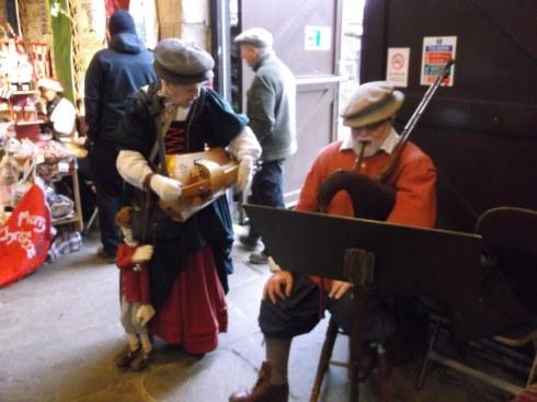 Xmas Oakwell Hall Craft fair musicians