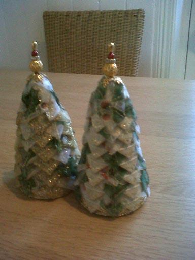 Xmas tree ornies