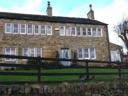 Marsden Walk Feb candlesticks house