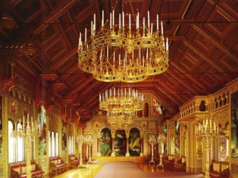 Neuschwanstein_Castle_Singers_Hall-600x450