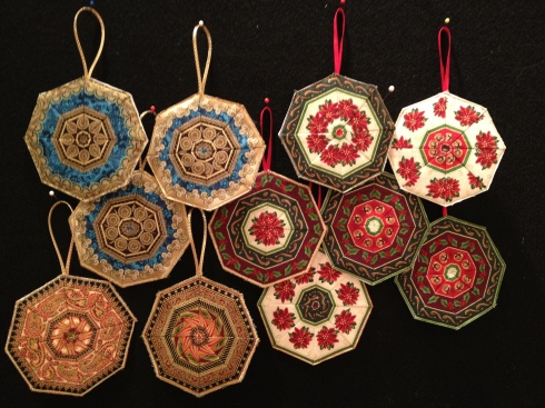 Fussy cut ornaments Lynn Croswell