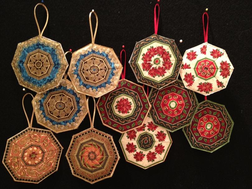 Fussy cut ornaments Lynn Croswell
