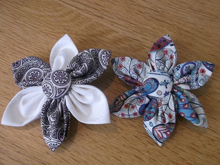 Brooches and beads 3