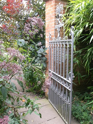 Hampton Court 4 -gardens