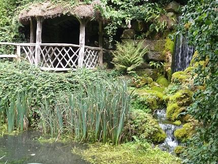 Hampton Court 8-gardens
