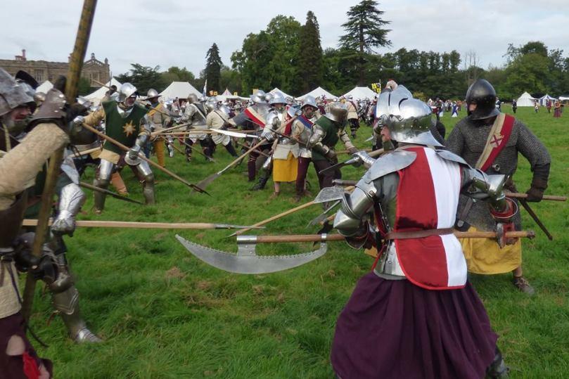 Hampton Court battle 2