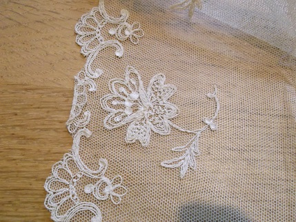 Sewing weekend - lace from Ellie