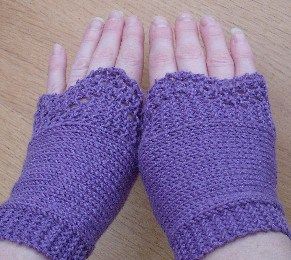 knit for winter - lilac-handwarmers