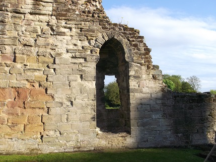 Ashby May 2015 Castle in sun 3