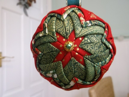 quilted xmas ornie 4