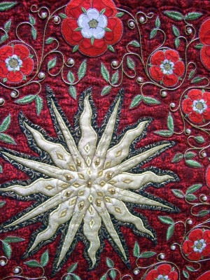 Liz Jones Tudor Rose quilt