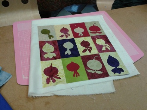 Quilt course - beetroot hanging