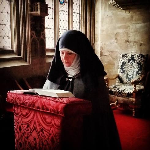 Alison at Lincoln - praying red kneeler