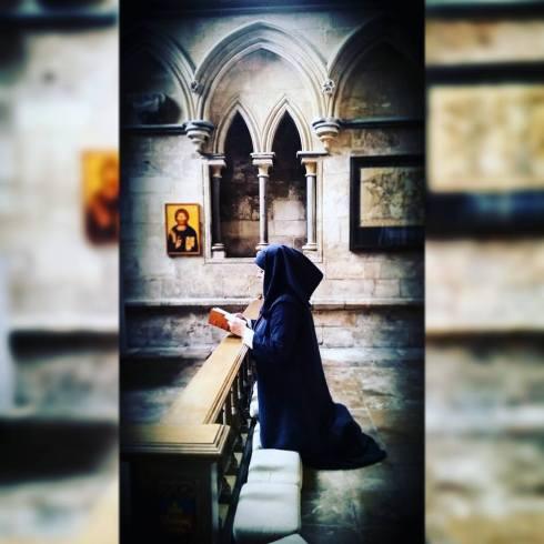 Alison at Lincoln - praying